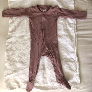 L'oved Baby Organic Footed Onesie